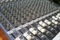 16X-CHANNEL-MAKIE-1642-PRO-AUDIO-MIXER-9